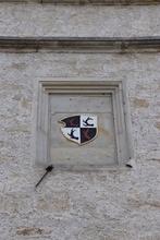Wappen befindet sich am Rathaus in Blankenburg