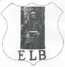 EDMONT LOUIS BECOT ètait garde républicain dans la cavalerie à la caserne des CELESTINS à PARIS.