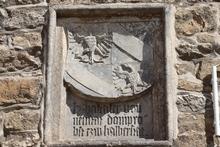 Wappen am Torhaus der Burg Krottorf